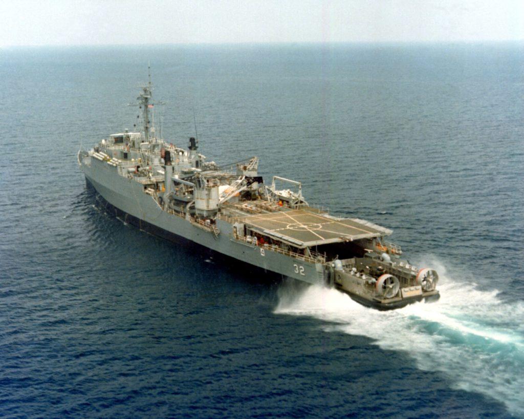 USS_Spiegel_Grove_LSD-32